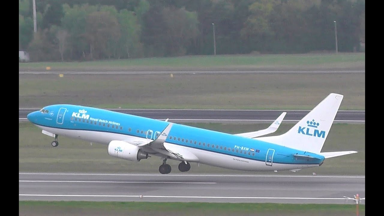 new livery   klm   royal dutch airlines boeing 737 8k2 ph
