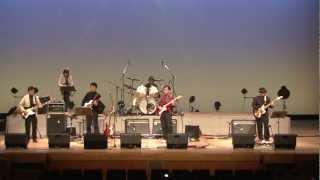 演奏者:武田昭義さん バック演奏:水沢ベンチャーズ 2013.2.17 一関文化センター 第1回「一人ベンチャーズ大会」