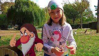 Открываем Диснеевские игрушки сюрпризы для детей которые купили в Магазине Дисней 🎁