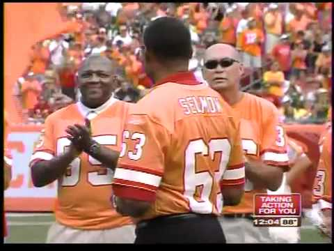 Tampa Mayor Bob Buckhorn remembers Bucs great Lee Roy Selmon