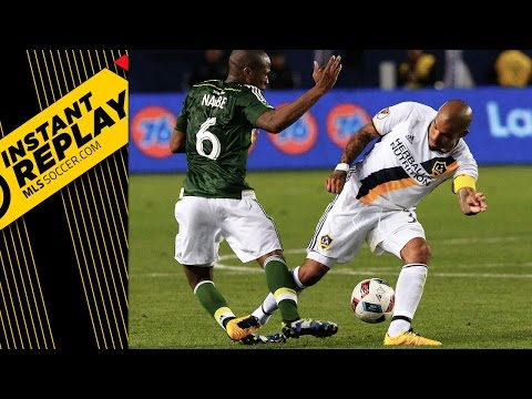 Nigel De Jong's tackle on Nagbe — was it worthy of a straight red card? | INSTANT REPLAY