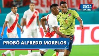 ¡Avisó Colombia! La 'tricolor' se acercó al arco de Perú y Alfredo Morelos probó dentro del área