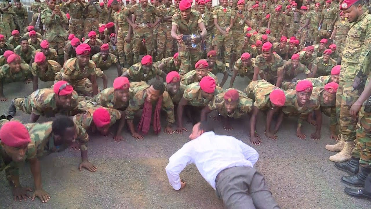 Download Ethiopian prime minister does push-ups with soldiers