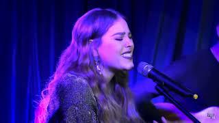 Danna Paola - Final Feliz (Acoustic Live)