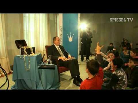 Spiegel tv m rchenonkel steinbr ck teil i youtube for Youtube spiegel tv