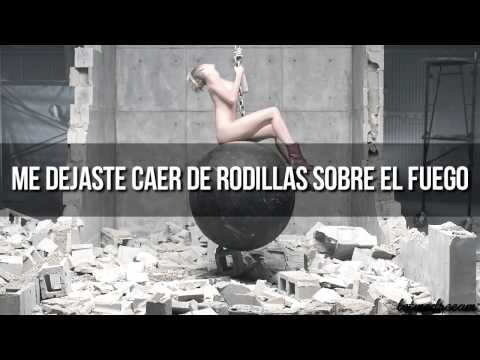 Miley Cyrus - Wrecking Ball (Traducida al español) (Video Oficial) Videos De Viajes