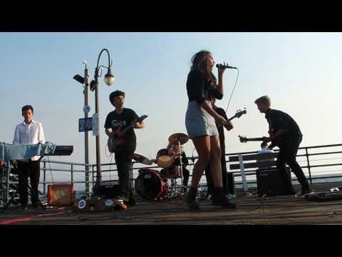 Jukebox Antihero: Any Way You Want It at the Santa Monica Pier