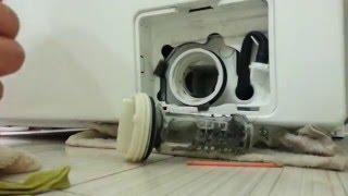 Чистка фильтра стиральной машины Samsung / How to clean your Washing Machine filter (Samsung)(, 2015-12-07T21:16:13.000Z)