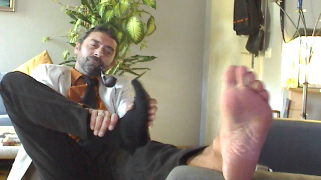 gay feet smoking