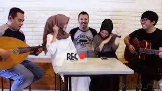 ( Nissa grogi )Ajibah cover by Nissa Sabyan ft. Alma Esbeye