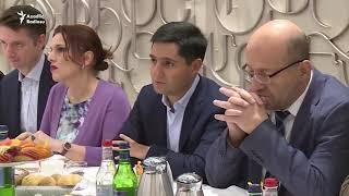 """Paşinyan """"Apple"""" şirkətinin direktorunu Ermənistana dəvət edib"""