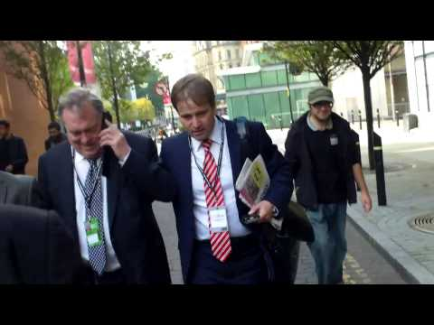 John Prescott runs when questioned about genocide in Gaza at Labour Party Conference