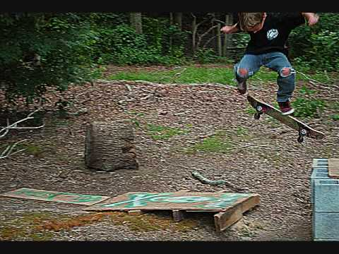 8 Year Old skater Sam Ogden in Street Survivor