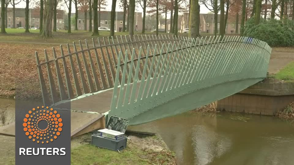"Dutch ""biobridge"" made from hemp and flax fibres"