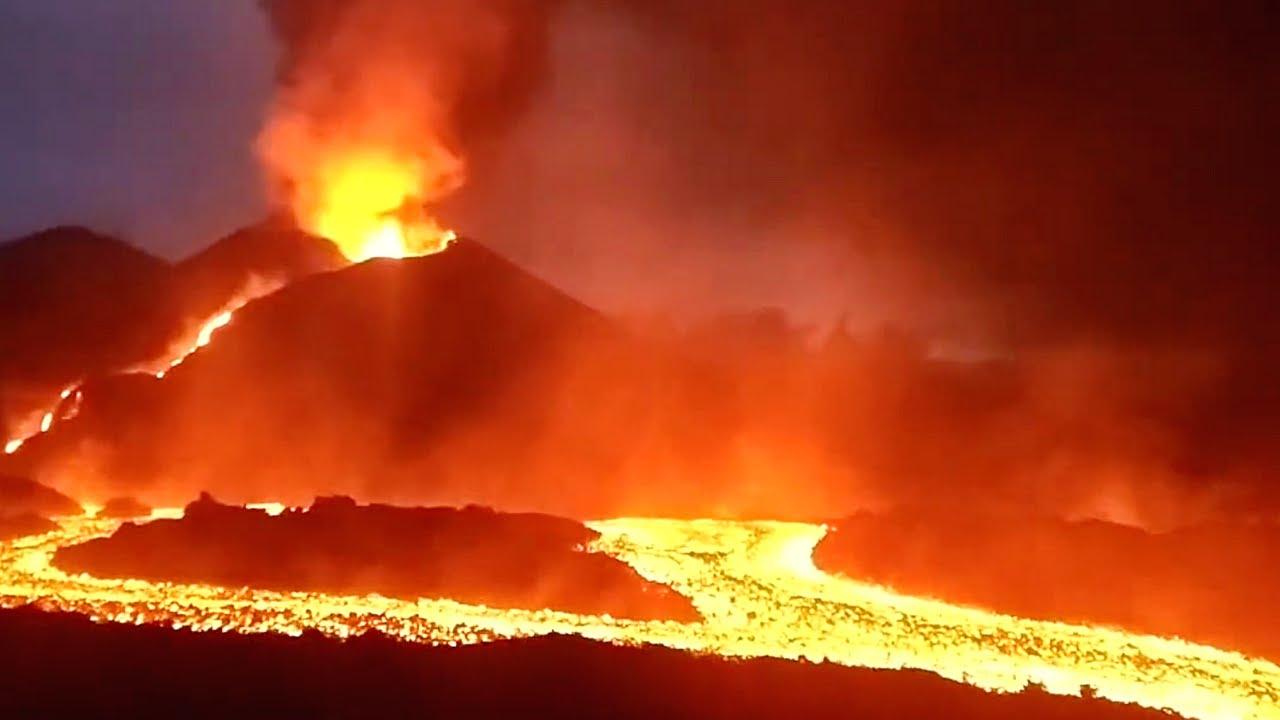 🚨 ÚLTIMA HORA: DESBORDA el CONO del Volcán de La Palma (Erupción Volcánica Lava) Noticias 2021