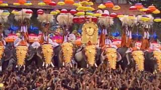 Kudamattam at Thrissur Pooram
