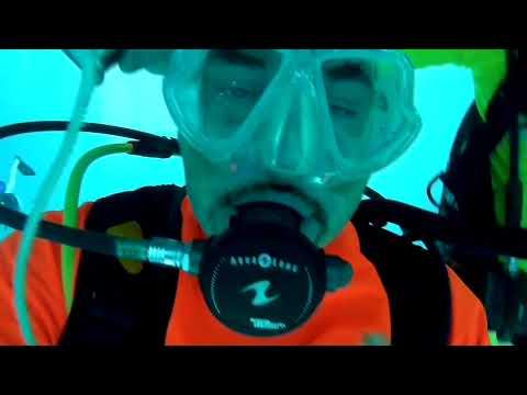 Calypsosub alla piscina Y40 - X5Ug5oyWSOo