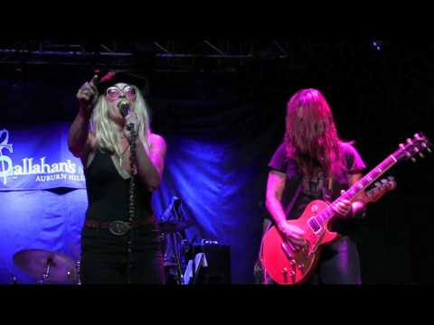 ''IN THE VALLEY'' - JANE LEE HOOKER @ Callahan's, July 2017 - 1080HD