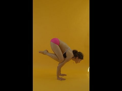 how to do crow pose  advanced headstand bakasana