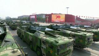 Большим военным парадом отметили в Пекине 70-летие образования Китайской народной республики.