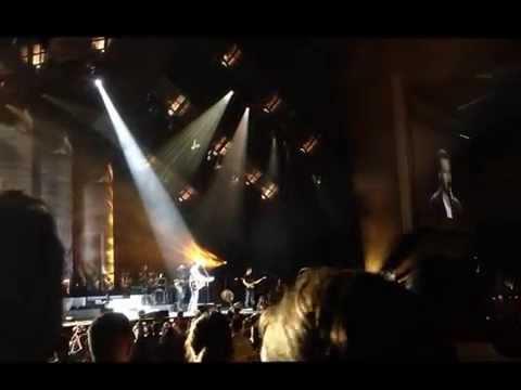 Blake Shelton Live in Virginia Beach 19 Jul 13