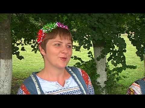 """Жители села Коренево готовятся к фестивалю """"Играй, гармонь""""."""