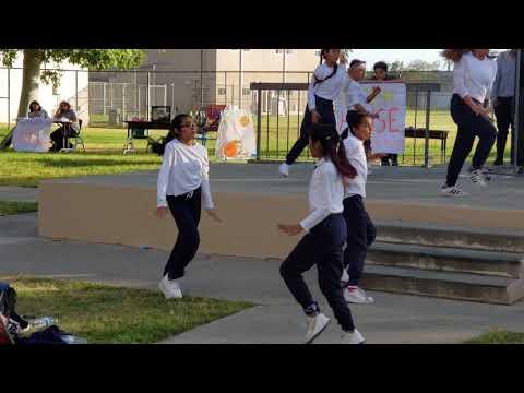 San Fernando Middle School Dance Team ????