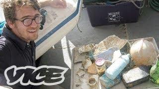 Garbage Island: An Ocean Full of Plastic (Part 3/3)