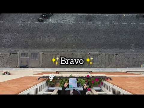 "Soprano from balcony ""Quia respexit"" de Bach suivi de ""l'Ave Maria"" de Mascagni"