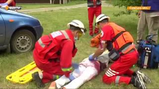 Водитель без сознания и младенец на капоте  Как медиков учат спасать