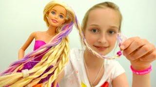 Видео для девочек - кукла Барби меняет имидж