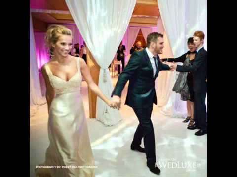 Michael Bublé And Luisana Lopilato - Haven't Met You Yet