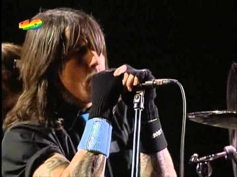 Red Hot Chili Peppers - Live At Guggenheim Museum Bilbao Spain 2006
