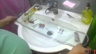 видео Стеклянная полка в ванную комнату