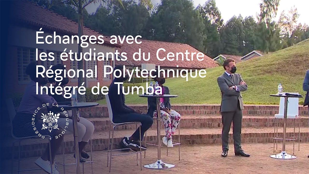 Download Echanges avec les étudiants du Centre Régional Polytechnique Intégré de Tumba.