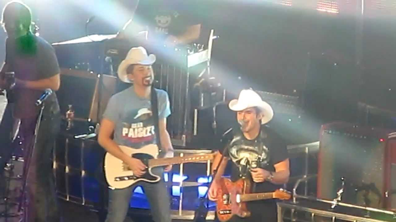 Dustin Lynch on Gifting Brad Paisley a Baby Goat at the ...