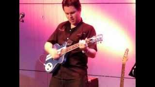Cours de guitare à Bruxelles avec Xavier Cevrin