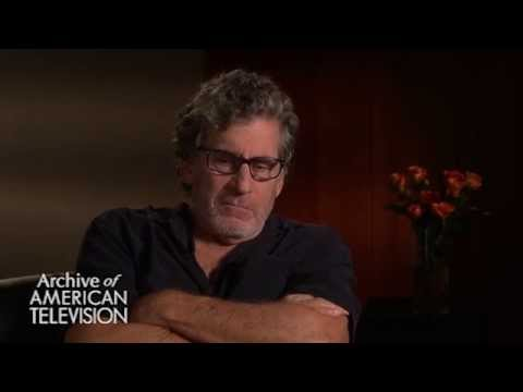 Paul Michael Glaser discusses the instant chemistry with David Soul - EMMYTVLEGENDS.ORG
