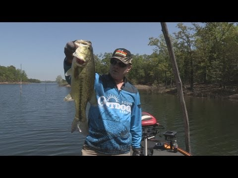 Southwest Outdoors Report #9 Lake Ouachita, Arkansas Bass Fishing - 2013