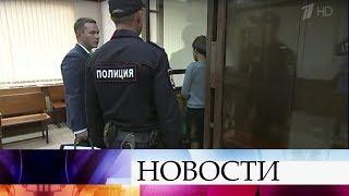 Сестры Хачатурян, обвиняемые в жестоком убийстве отца, останутся под стражей до 28 сентября.