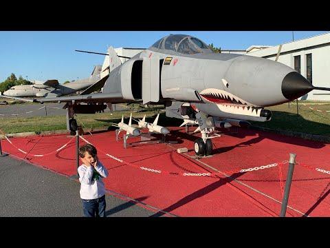 Havacılık Müzesinde Köpekbalığı Uçak Gördük🦈😱Tanklara Bindik, Füzeleri Inceledik😍