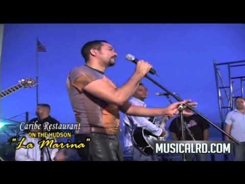 Frank Reyes - Viviendo en soledad (en vivo) Caribe on the hudson La Marina