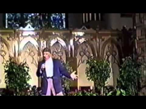 Joe DeMil Sings a Beautiful Italian