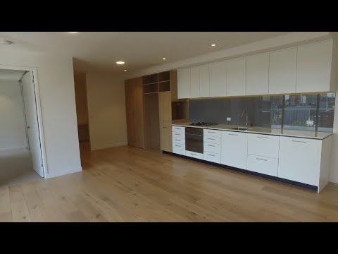 Apartments for Rent in Melbourne: South Melbourne Apt 2BR/2BA by Property Management in Melbourne