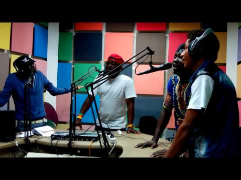 Groupe Afro-Melody à la radio sweet fm