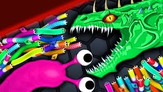 Video Slither.io - ANGRY MONSTER SNAKE vs 9400 SNAKES // Epic Slitherio Gameplay (Slitherio Funny Moments) download MP3, 3GP, MP4, WEBM, AVI, FLV Oktober 2018