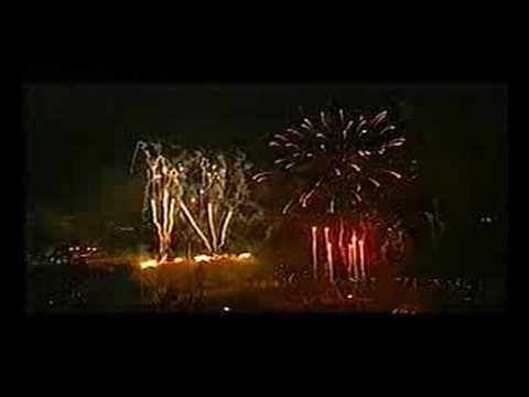 Queen Elizabeth II Golden Jubilee 2002 - fireworks (2)