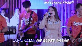 Download lagu RENY FARIDA SING BISO TANPO RIKO VERSI KOPLO MP3