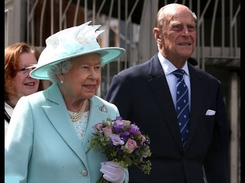 Queen performs first royal engagement since suffering the heavy cold that saw her miss.