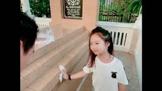 Về quê tảo mộ cùng gia đình Lý Hải Minh Hà
